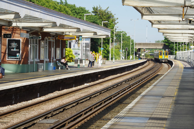 Worthing station train platform